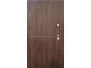 Входные двери Страж ‒ особенности и критерии выбора