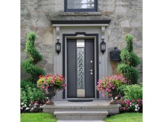 Как выбирать входную дверь в дом?